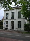foto van Gepleisterde villa
