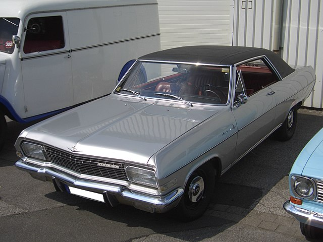 640px-Opel_Diplomat_A_V8_Coup%C3%A9_1965