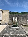 Ossuaire du cimetière Saint-Martin de Miribel (Ain, France).jpg