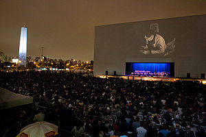 São Paulo International Film Festival - Fifteen thousand people attend an outdoor screening of Nosferatu during the 36th edition of the festival.