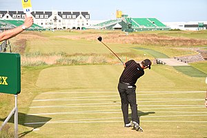 Pádraig Harrington - Harrington teeing off at the 2007 Open Championship.