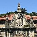 Palacio de La Rañada, Liérganes, 2017-07-27, Triplecaña (detalle escudos).jpg