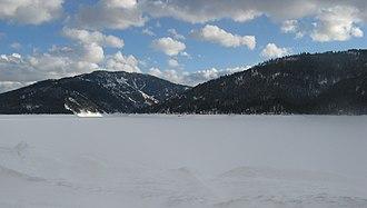 Palisades Dam - Palisades Reservoir in winter
