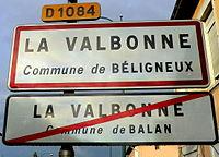 Panneau d'entrée-sortie de La Valbonne (sortie de Balan - entrée dans Béligneux).JPG