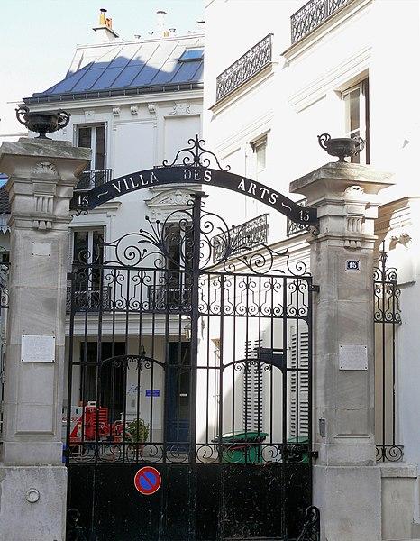 Fichier:Paris 18 - Villa des Arts -1.JPG