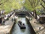 Paris longeant le canal Saint Martin 01, 11 avril 2014.jpg