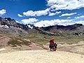 Perú, Folklore en la Montaña 7 colores.jpg