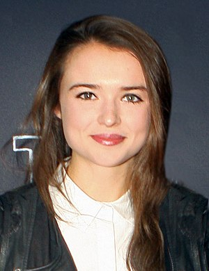 Josh Barrett (Home and Away) - Phillipa Northeast (pictured) plays Evelyn MacGuire, Josh's second love interest.