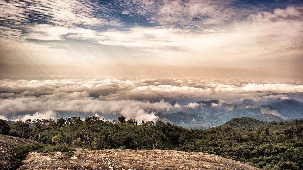 Pico do Selado – Wikipédia, a enciclopédia livre