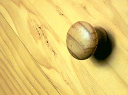 Pine Chest of Drawers Handle.JPG