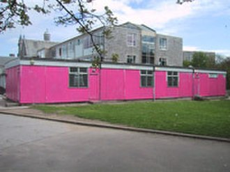 """Aberdeen Grammar School - The modular building that was painted pink as part of a prank on """"muck-up day"""" in 2002"""