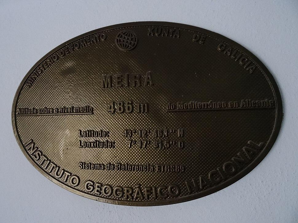Placa altimétrica Meira