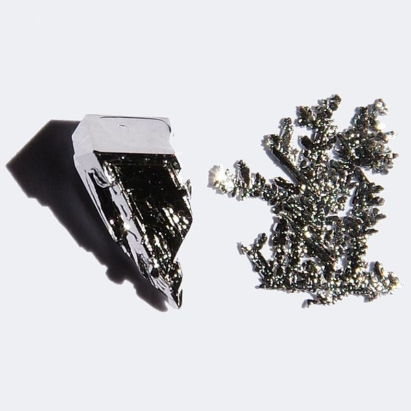 File:Platinum-crystals.jpg