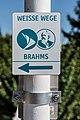 Poertschach Johannes-Brahms-Promenade Wegweiser am Brahms-Weg 22092016 4505.jpg