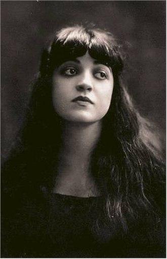 Rosa Ponselle - Rosa Ponzillo, aged 21 (1918)