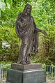 Poppentin - Grabmal von Tiele-Winkler - Jesusstatue.jpg