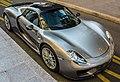 Porsche 918 (14195136940).jpg