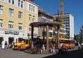 Potnapekka Oulu Central Square 20030630.jpg