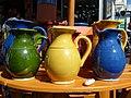 Pots à eau sur le marché d'Aubagne.jpg