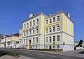 Poysdorf - Volks- und Hauptschule.JPG