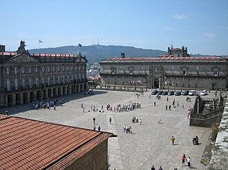 Praza do Obradoiro - General view in a sunny day