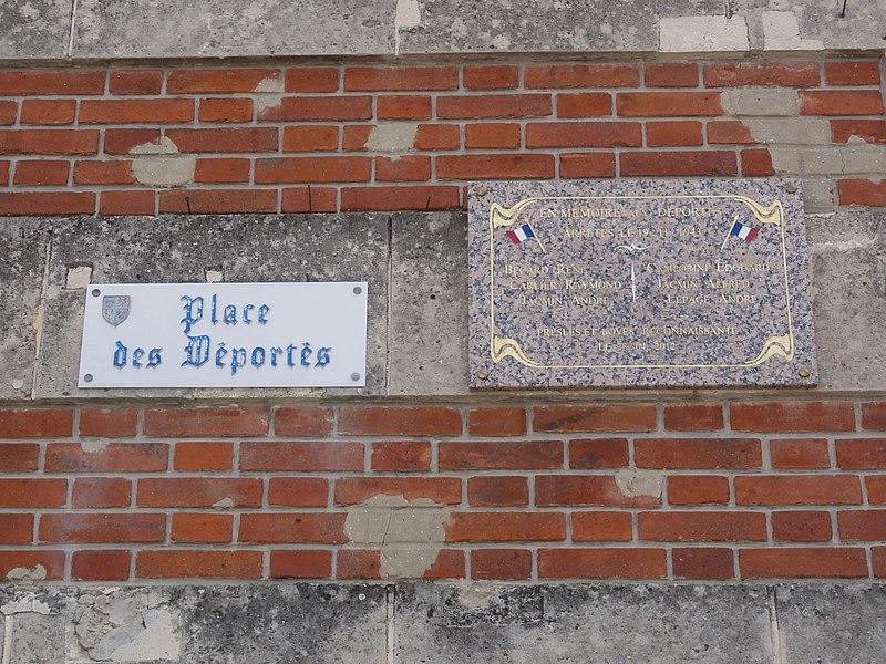 Presles-et-Boves (Aisne) plaque déportés sur la mairie