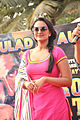 Promotional rickshaw race for 'Rowdy Rathore' (16).jpg