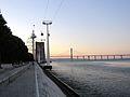 Río Tajo a su paso por Lisboa con el puente Vasco de Gama al fondo.jpg