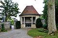 Ravensburg Hauptfriedhof Eckpavillon 1.jpg