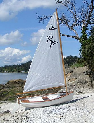 Minto Sailing Dinghy - A Minto Sailing Dinghy on the beach