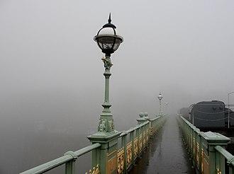 Richmond Lock and Footbridge - Richmond Footbridge
