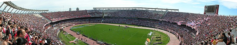 Panoramic view from inside the stadium. River Plate played Independiente in the Apertura 2004, Round 16. River Plate won 3-0.