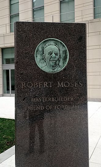 Robert Moses - Depiction of Moses at Fordham University, Lincoln Center