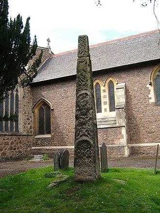 Rothley - Saxon cross in Rothley churchyard