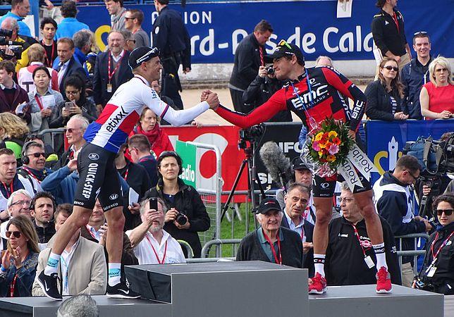 Roubaix - Paris-Roubaix, 12 avril 2015, arrivée (B09).JPG
