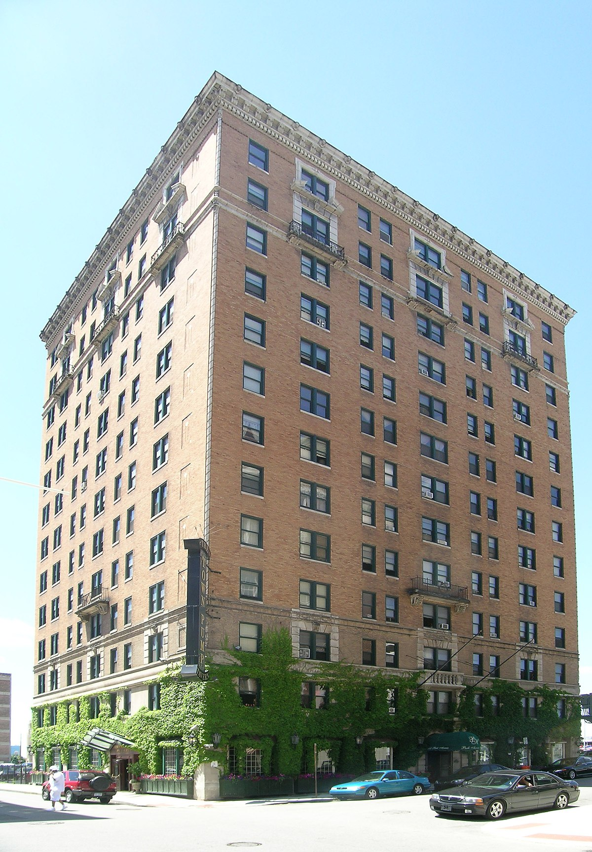 Park Avenue Hotel Steve Gordon