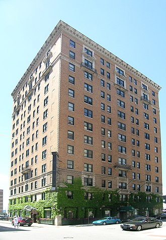 Park Avenue Historic District (Detroit, Michigan) - Image: Royal Palm Hotel Detroit