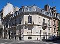 Rue Spontini, rue de Longchamp, Paris 16e.jpg