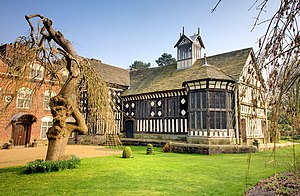 Hall house - Rufford Old Hall