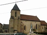 Saint-Agnant-de-Versillat (église et monument-aux-morts) 1.jpg
