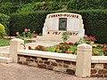 Saint-Amand-en-Puisaye-FR-58-monument aux morts-a1.jpg