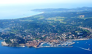 Saint-Tropez - Aerial view of Saint-Tropez, with Pampelonne beach in background and the citadel and the port in the foreground