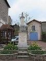 Sainte-Colombe-sur-Gand - Monument aux morts.jpg