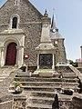 Sainte-Sabine-sur-Longève (Sarthe) monument aux morts.jpg