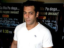 Salman Khan promotes Dabangg on Zee Singing Superstar.jpg