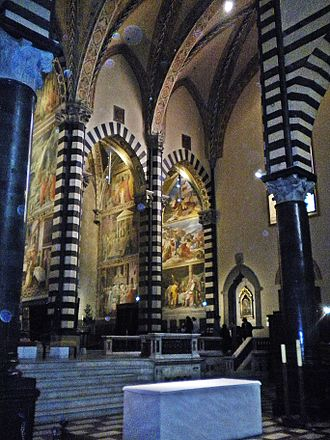 Prato Cathedral - Columns