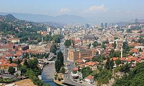 Panorama della città di Sarajevo.JPG