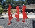 Sassenheim kunstwerk vrouwen in gesprek.jpg