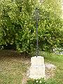 Saulces-Champenoises (Ardennes) croix de chemin D25 ouest.JPG