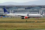 "Scandinavian Airlines - SAS Airbus A321-232 LN-RKI ""HC Andersen"" sticker (24567431383).jpg"